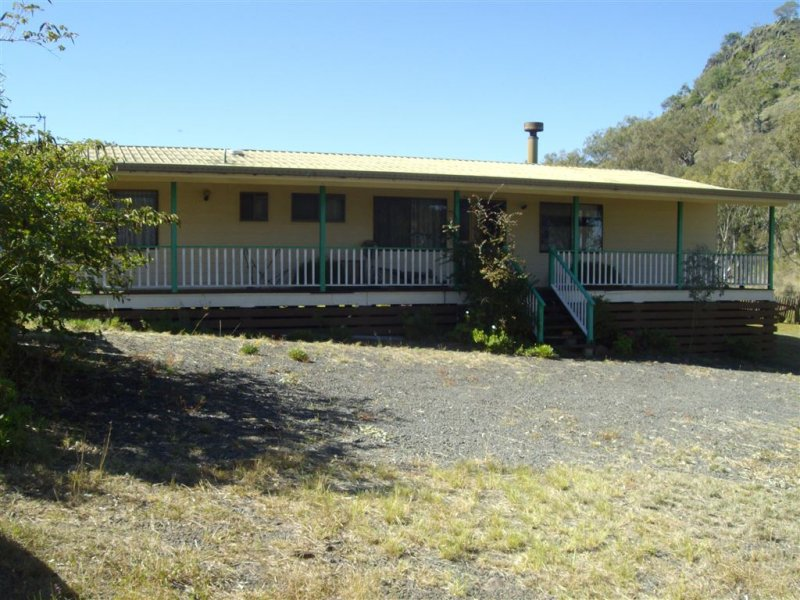 21 Rowland Court, Gowrie Mountain, Qld 4350