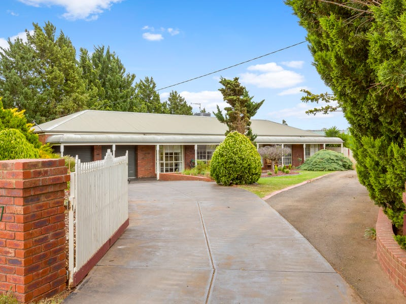 17 Barry Street, Bacchus Marsh, Vic 3340