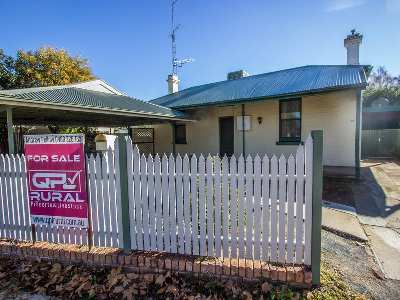 33 Victoria Avenue, Narrandera