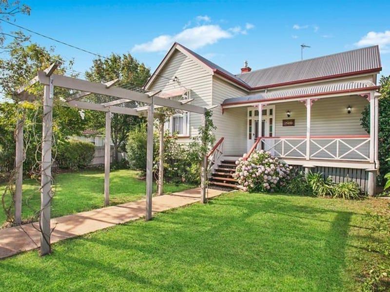 31 Eleanor Street, East Toowoomba, Qld 4350