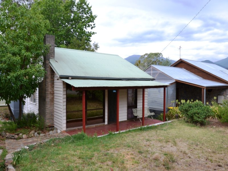 152 Kiewa Valley Highway, Tawonga South, Vic 3698