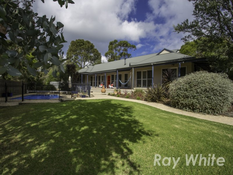 1 Henty Grove, Somers, Vic 3927