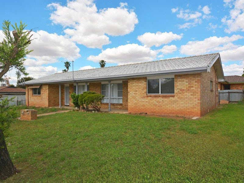1/4 Newell Avenue, Gunnedah, NSW 2380