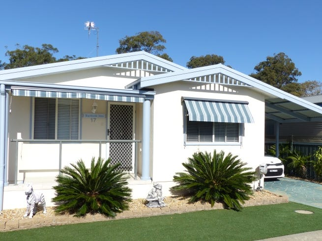 17 133 South Street, Tuncurry, NSW 2428