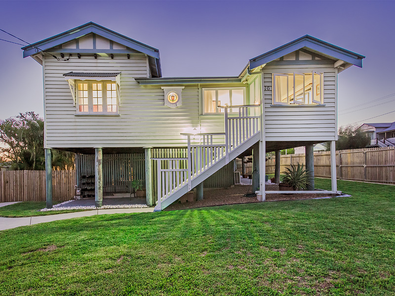 16 North Station Road, North Booval, Qld 4304