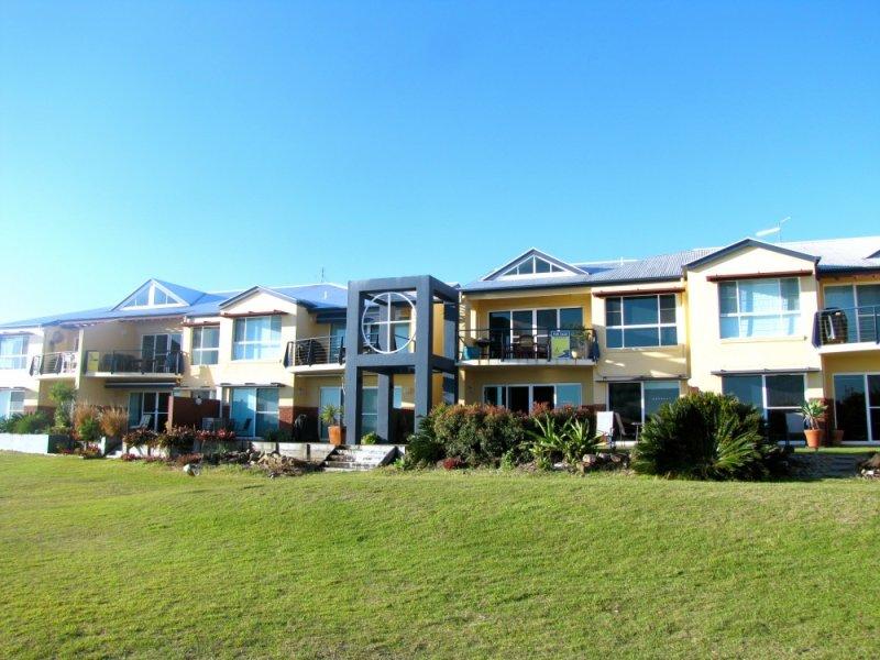 6 3-5 Riverview Street, Iluka, NSW 2466