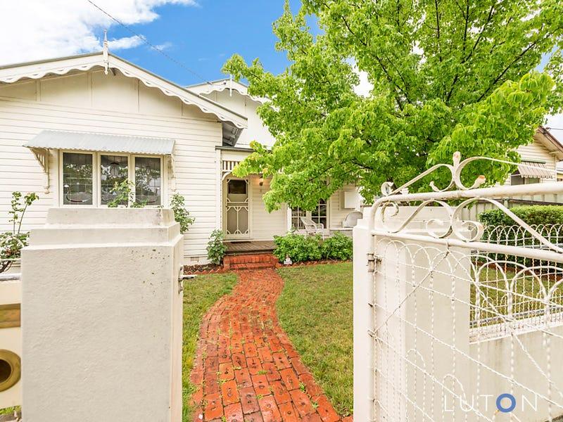 8 Park Street, Queanbeyan, NSW 2620