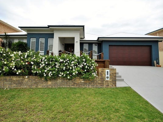 36 Mulwala Drive, Mannering Park, NSW 2259