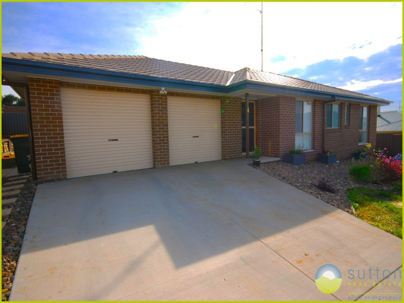 4 Flynn Place, Bungendore, NSW 2621