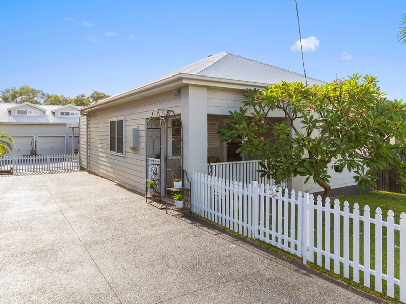 12 Wentworth Street, Shellharbour, NSW 2529