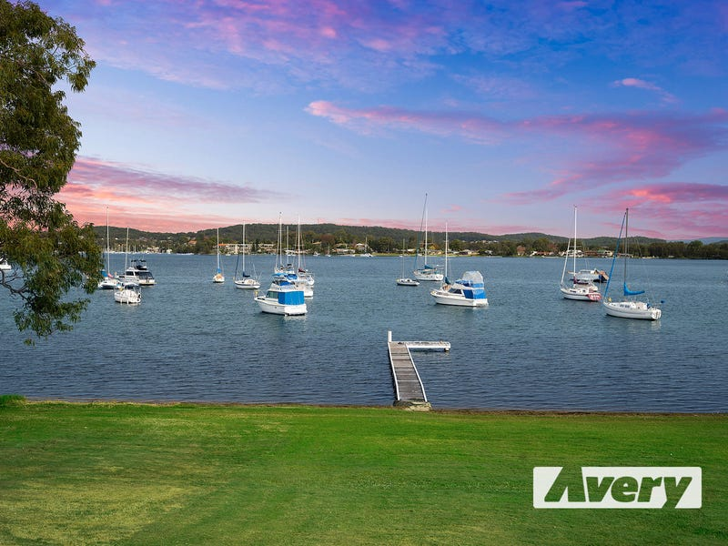 89 Bay Road, Bolton Point, NSW 2283
