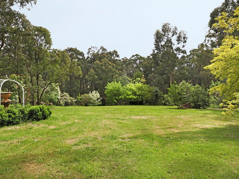 2790 Gembrook Launching Place Road, Gembrook, Vic 3783