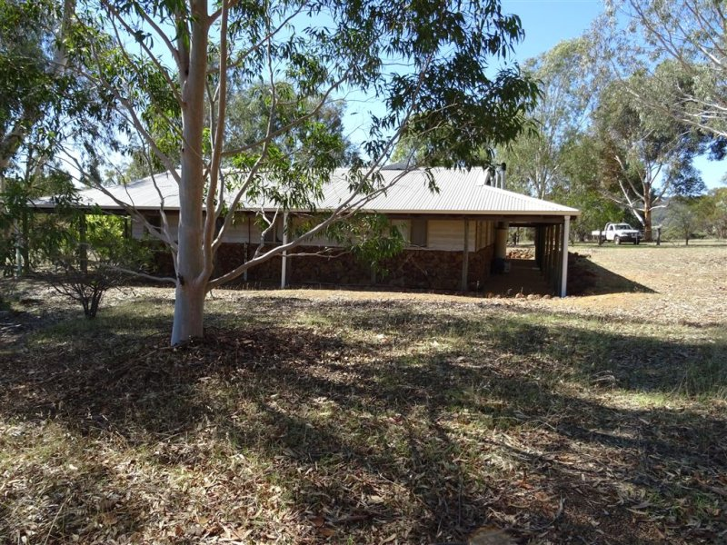 4 Mistletoe View, Boddington, WA 6390