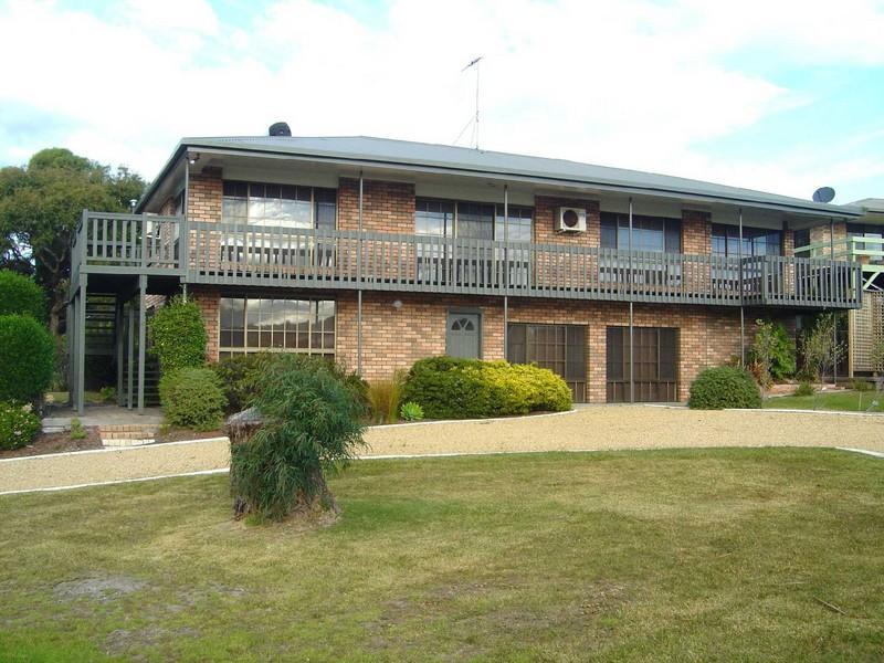 12 Barrack Street, Akaroa, Tas 7216