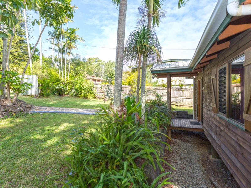 5 Mooney Court, Glenella, Qld 4740