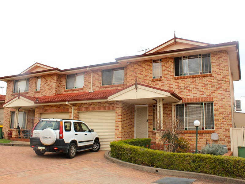 2/345 Elizabeth Drive, Mount Pritchard, NSW 2170