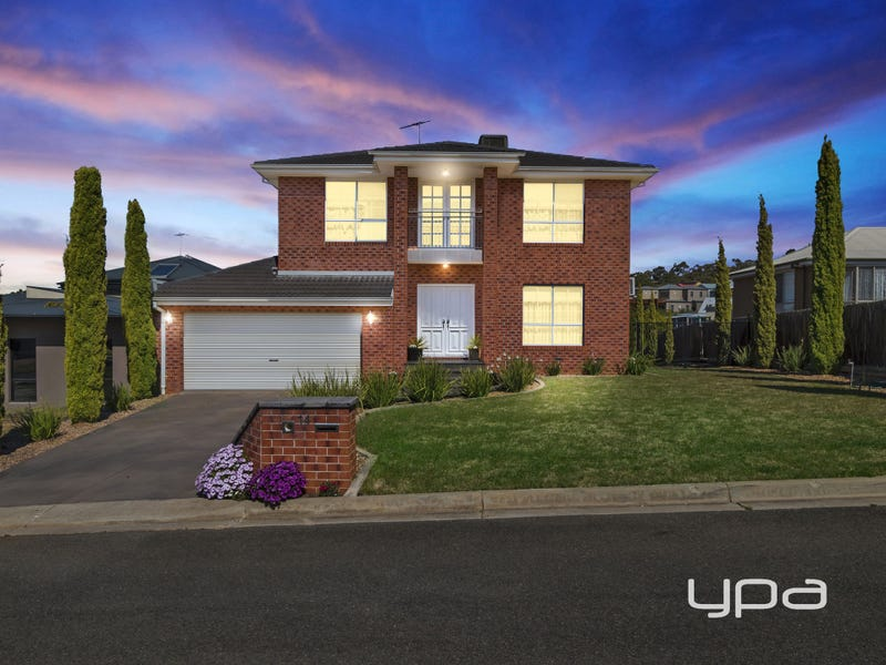 14 Augusta Place, Darley, Vic 3340