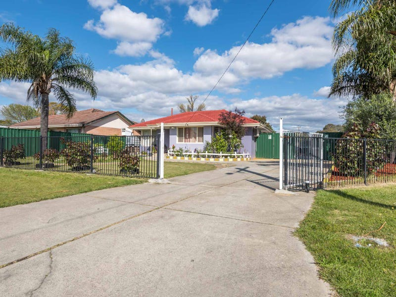 1 Stretton Way, Kenwick, WA 6107