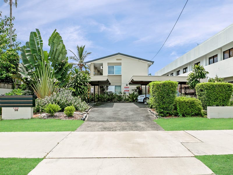 Unit 2/98 Pease Street, Manoora, Qld 4870
