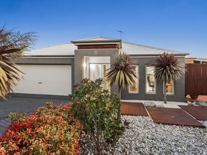 18 Washington Gardens, Leopold, Vic 3224