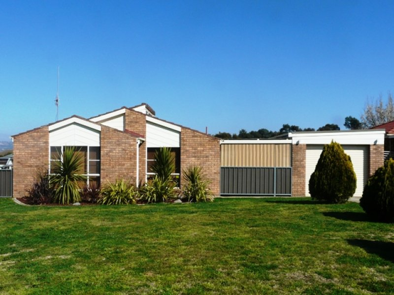 24 Patterson Place, Kelso, NSW 2795