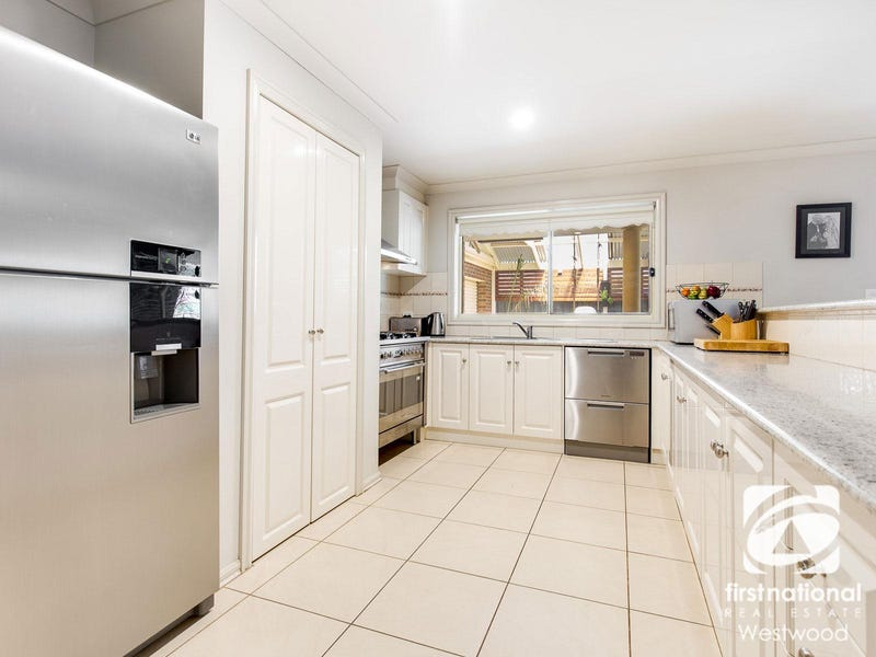 15 Maculata  Place, Wyndham Vale, Vic 3024