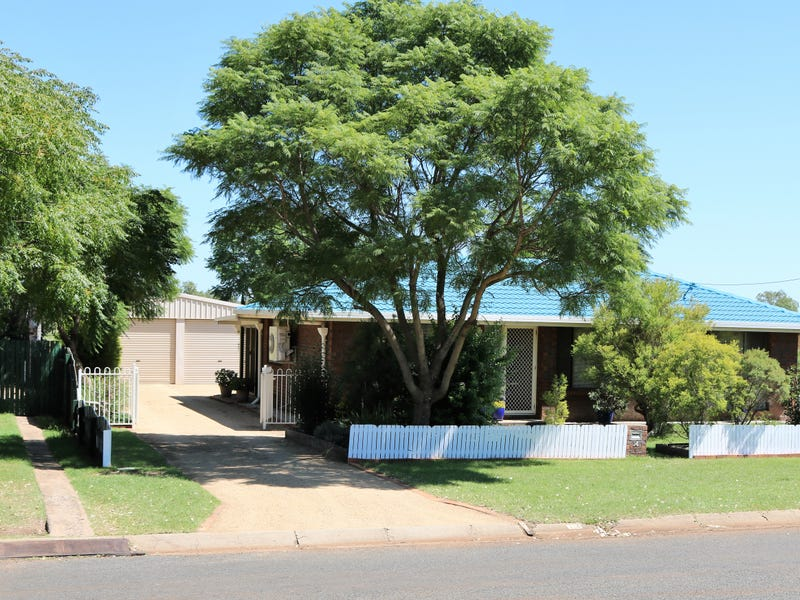 14 Cooper Avenue, Oakey, Qld 4401