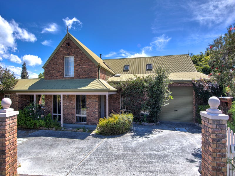 2 Royle Avenue, Coles Bay, Tas 7215