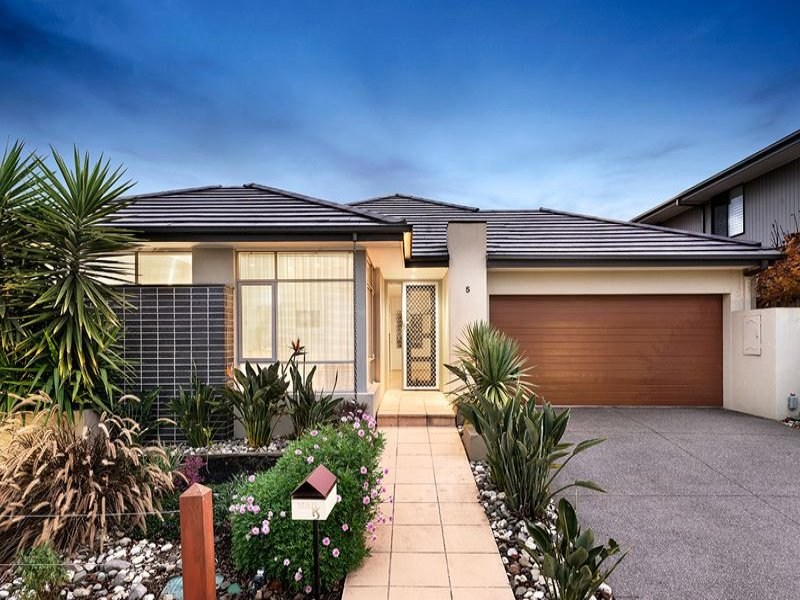 5 Woodcutters Grove, Epping, Vic 3076