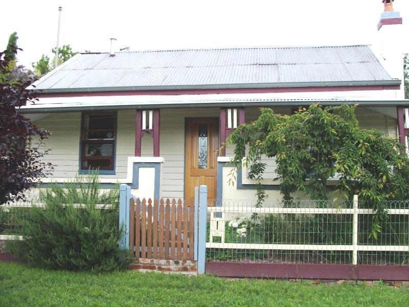 227 Peel Street, Bathurst, NSW 2795
