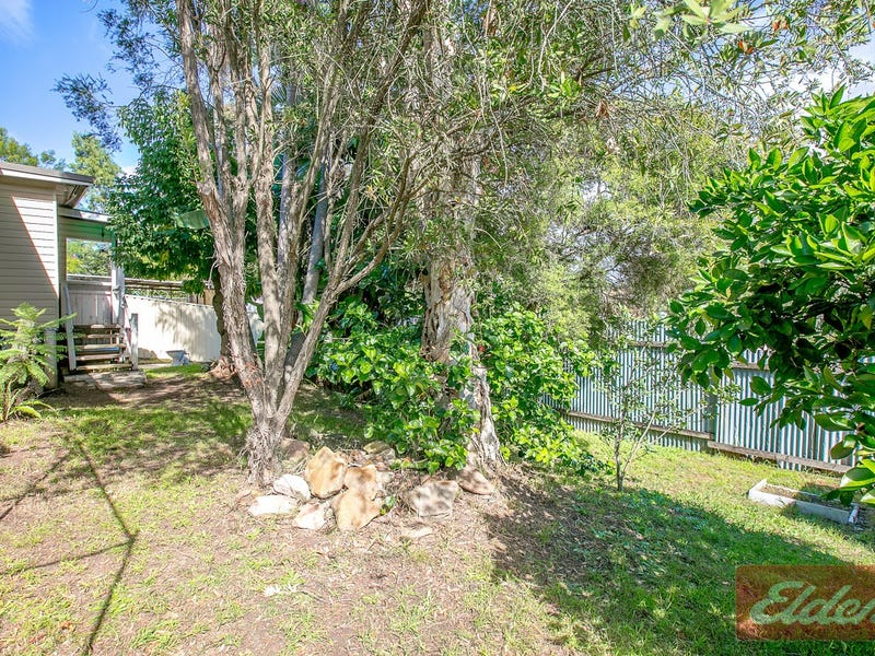 21 Weir Road, Warragamba, NSW 2752