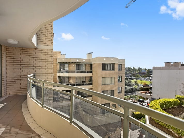 96/107-115 Pacific Highway, Hornsby, NSW 2077