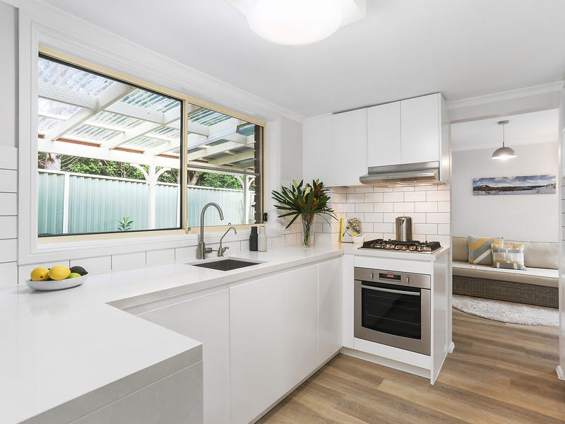 2/736A Henry Lawson Drive, Picnic Point, NSW 2213
