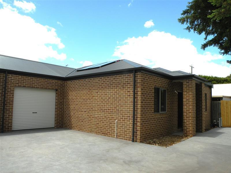 2/83 Flinders Avenue, Lara, Vic 3212