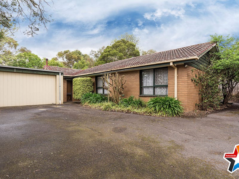 36 Valley Ho, Chirnside Park, Vic 3116