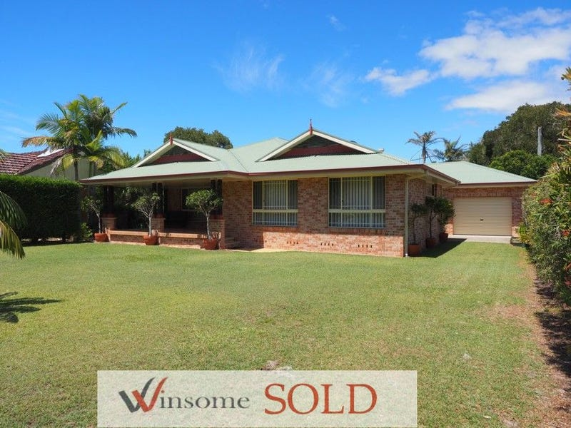 52 Bay St, Hat Head, NSW 2440