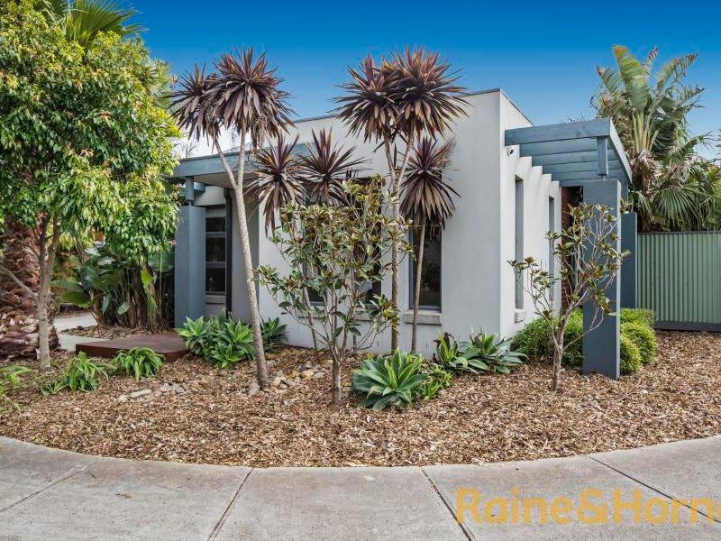 22 Gardenia Way, Caroline Springs, Vic 3023