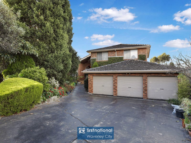 7 Crystal Court, Wheelers Hill