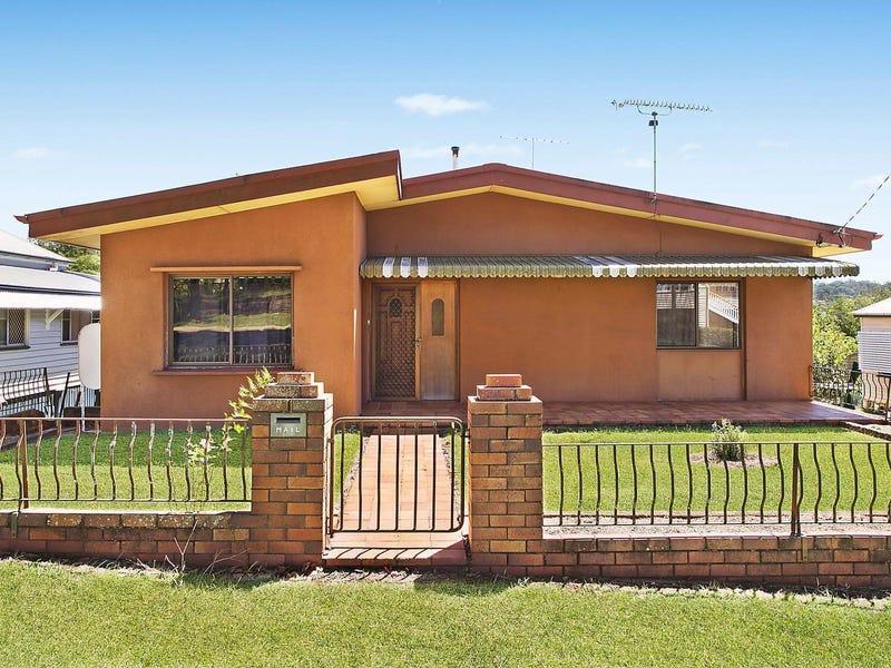 11 Cumming Street, North Toowoomba, Qld 4350