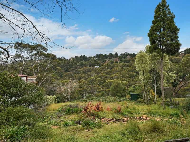 23 Glenview Road, Wentworth Falls, NSW 2782