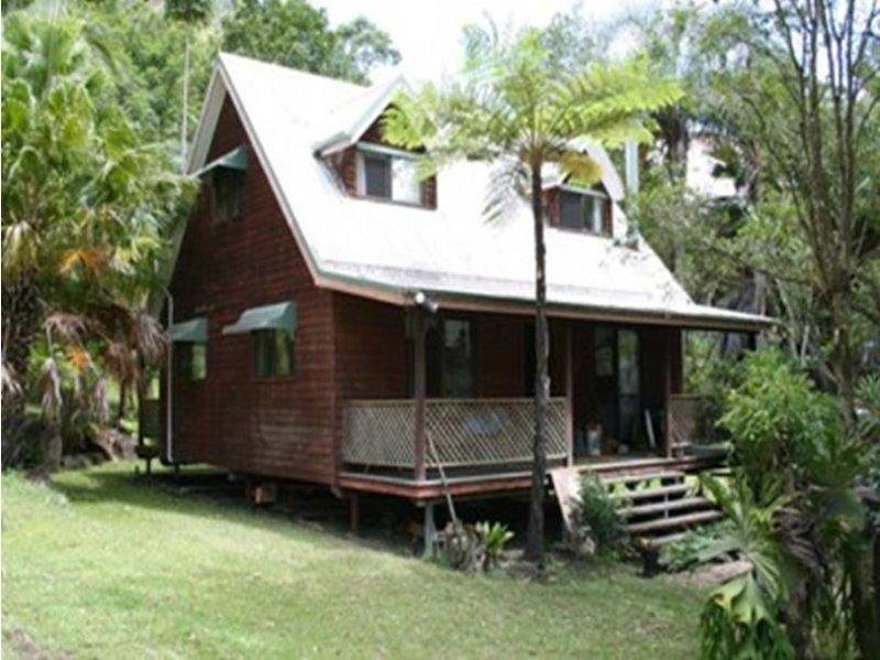 3288 Christmas Creek Road, Lamington, Qld 4285