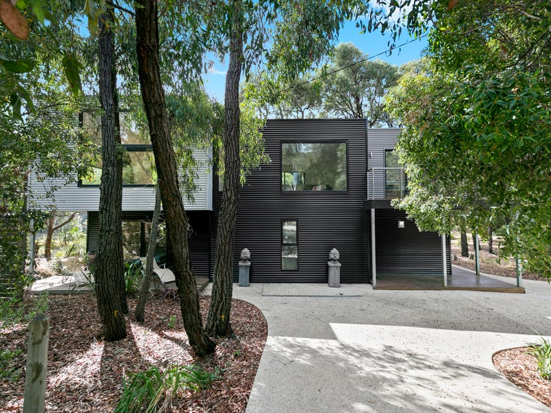 16 Yarringa Road, Fairhaven, Vic 3231