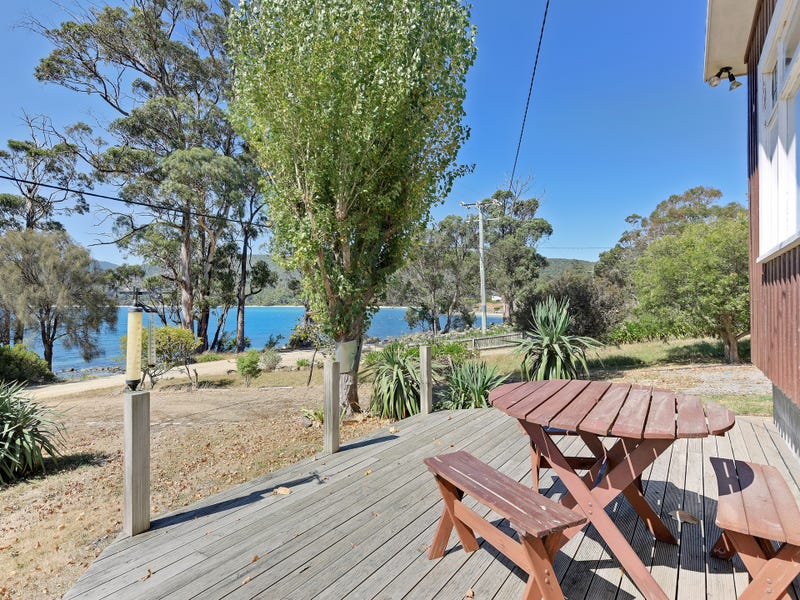 13 Batchelor Street, White Beach, Tas 7184