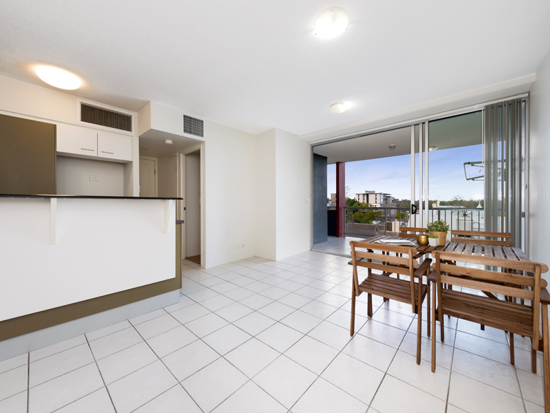 18/27 Station Road, Indooroopilly