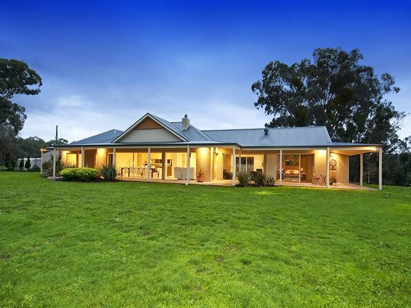 610 Hurstbridge - Arthurs Creek Road, Nutfield, Vic 3099