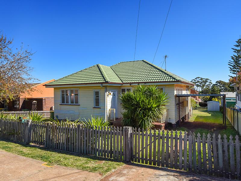 15 Hume Street, North Toowoomba, Qld 4350