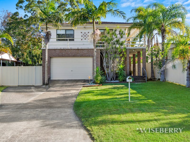 11 Anembo Avenue, Summerland Point, NSW 2259