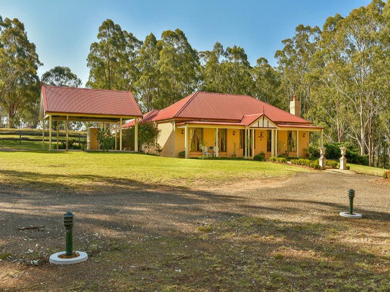 131 Donalds Range Road, Razorback, NSW 2571