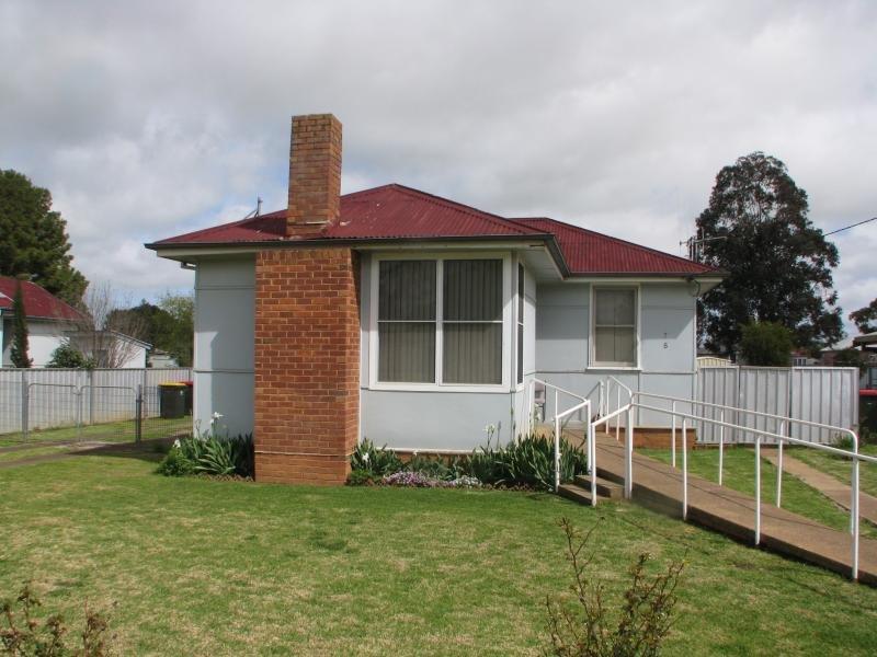 75 Tilga St, Canowindra, NSW 2804