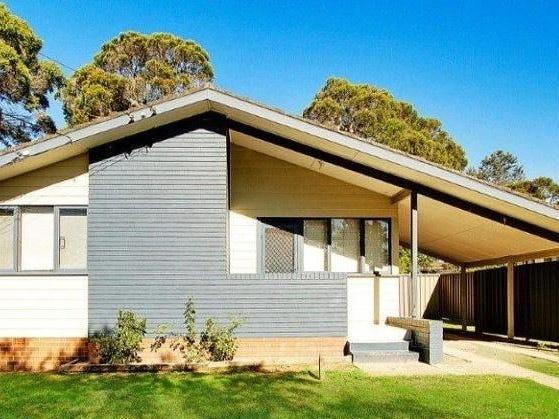 76 Wangaroa Crescent, Lethbridge Park, NSW 2770